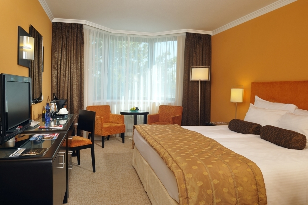 Hotel Aquincum - Accomodation in Budapest